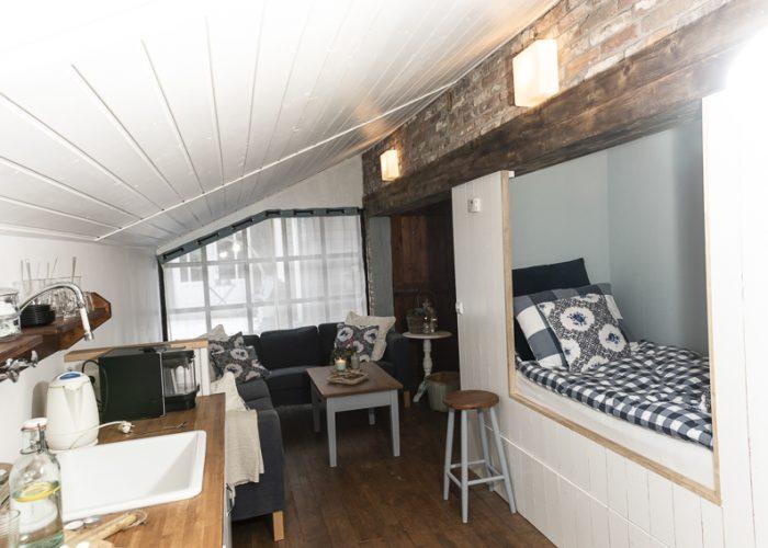 036-Bed-Omelet-AK-WS2019.jpg